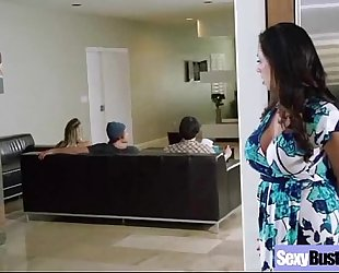 Hard intercorse act with large marangos doxy mama (ariella ferrera) clip-03