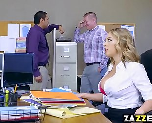 Boss guy let kagney linn karter engulf his large jock