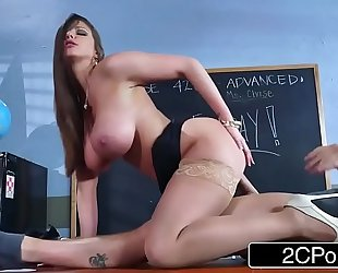 Sexy milf brooklyn follow teaches her student