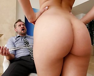 Bangbros - pawg step daughter aidra fox takes control of dad
