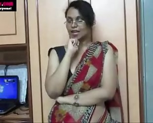 Horny lily giving indian porn lesson to youthful students