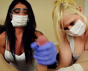Pov double tugjob alexis rain and fifi foxx dental assistants mask and gloves