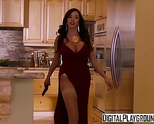 Xxx porn episode - blood sisters 5