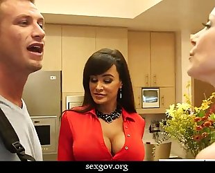 Busty sweethearts kendra craving and lisa ann fuck in three-some